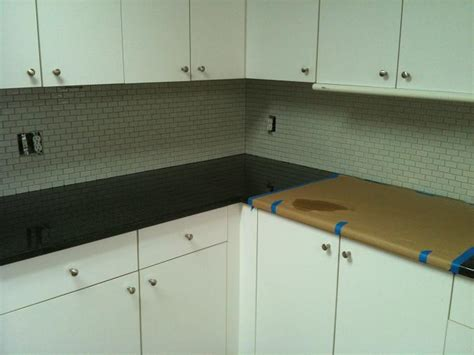 Installing Glass Backsplash : Recycled Glass Tile Backsplash Installation
