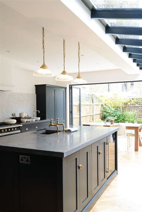 in style kitchen cabinets 25 best ideas about kitchen islands on 4651