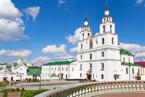 fly cuisine travel to belarus minsk sightseeing lot com