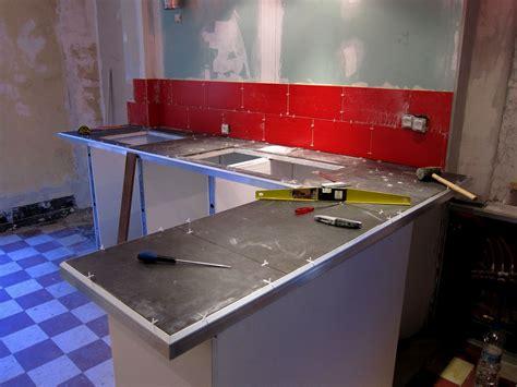 cuisine a poser poser un plan de travail cuisine 28 images comment