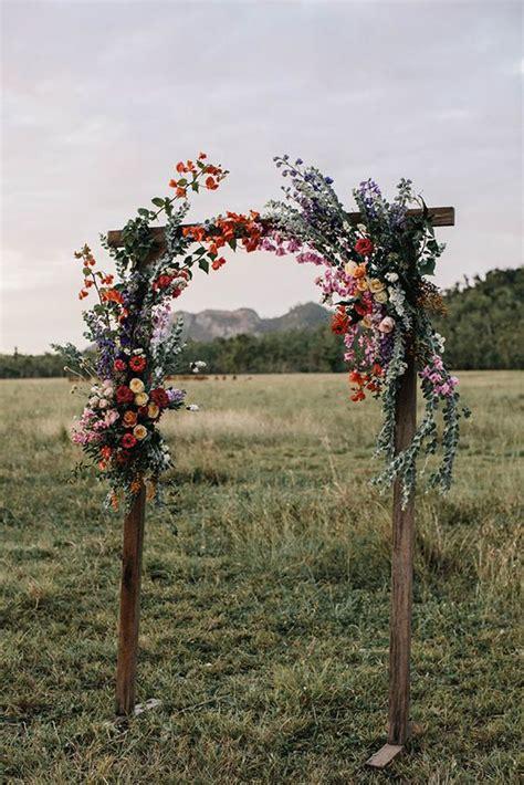 amazing wedding ceremony arches  altars