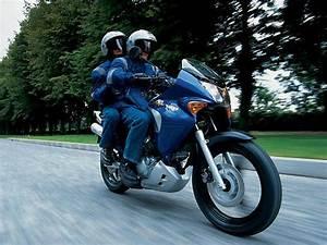 Forum 125 Varadero : forums topics des membres pari ouvert motos bandit ~ Medecine-chirurgie-esthetiques.com Avis de Voitures