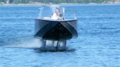 Hydrofoil Outboard Boat by Elektrofoil Foiltwister Hydrofoil Boat Flying And Landing