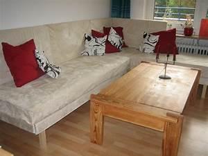 Sofa Aus Matratzen : selbstgebaute couch aus alten matratzen ~ Indierocktalk.com Haus und Dekorationen