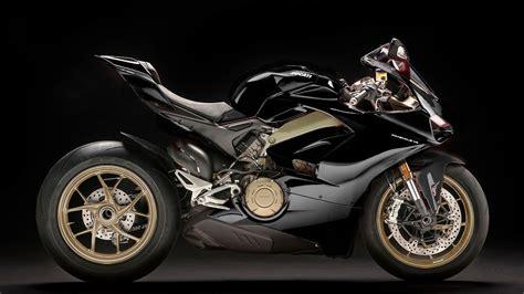 Black Ducati Panigale V4 by Panigale V4 Colorazioni Particolari Daidegas Forum