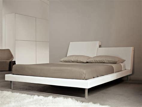Bed With Adjustable Headrest Rem By Estel Group Design