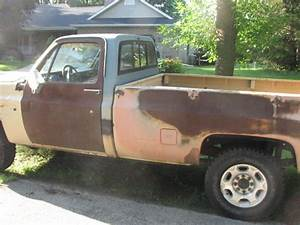 Gmc 2500 Regular Cab Pickup - Manual Transmission