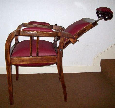 fauteuil de barbier vintage 25 beste idee 235 n fauteuil de barbier op vintage kapsalons fauteuil victorien