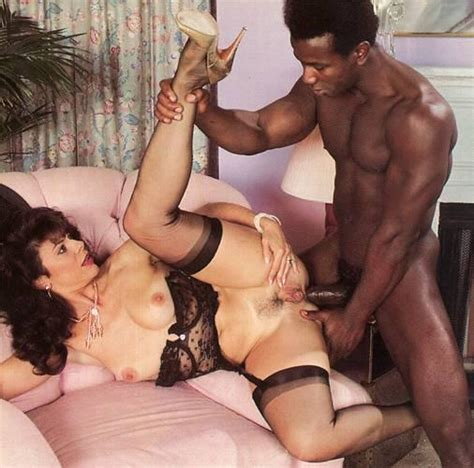Gorgeous Vintage Milf In Sexy Lingerie And Xxx Dessert