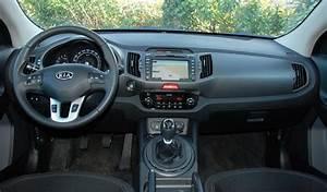 Crossover Hybride Comparatif : essai comparatif ford kuga 2 0 tdci 140 ch vs kia sportage 3 2 0 crdi 136 ch ~ Maxctalentgroup.com Avis de Voitures