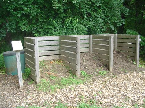 How To Backyard Compost by How To Make A Low Cost Compost Bin For Your Garden Hubpages