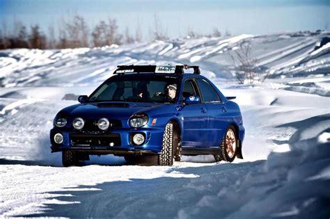 subaru outback snow subaru snow drift image 293