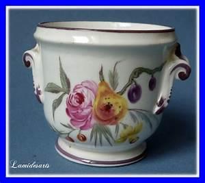 Villeroy Et Boch Paris : petit vase a anse porcelaine pate tendre mennecy duc de ~ Dailycaller-alerts.com Idées de Décoration