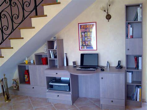 bureau sous escalier meuble rangement sous escalier 2 latelier bureau sous