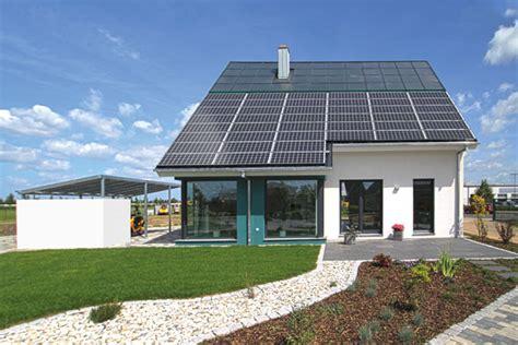 Energieautarkes Haus Photovoltaik Und Solarthermie