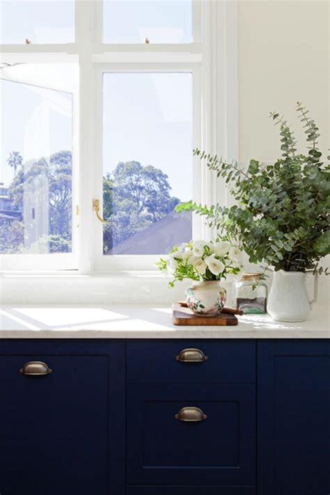 white cabinets blue walls blue kitchen walls design ideas 809 | e561c566a476