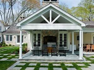 covered porch - Hooked on Houses