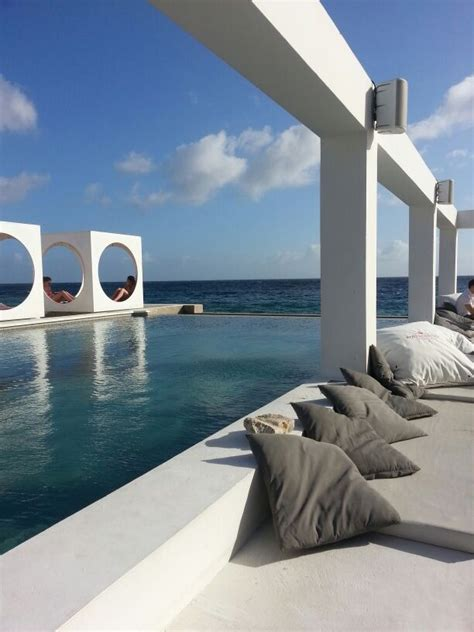 ultimate  week curacao itinerary