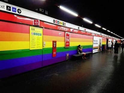Porta Venezia Metro by La Stazione Di Porta Venezia Resta Arcobaleno In
