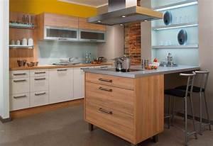 Kleine Küchen Mit Essplatz : kleine k che planen 15 planungstipps f r kleine k chen ~ Bigdaddyawards.com Haus und Dekorationen