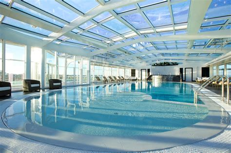 hotel piscine interieure bretagne week end de la toussaint avec piscine int 233 rieure