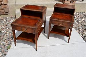 Uncategorized Antique Round End Table: Coffee Table With