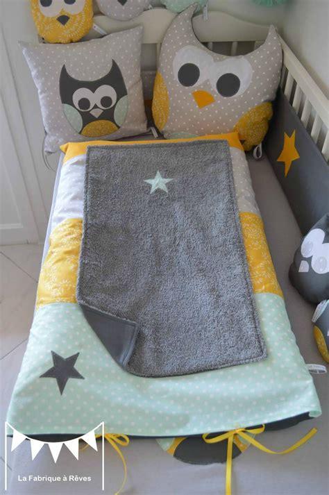 chambre bébé gris et jaune deco chambre bebe jaune et gris paihhi com