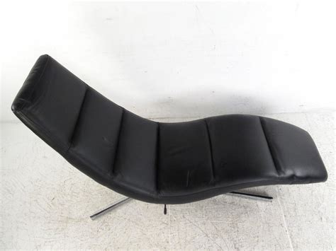 modern leather chaise lounge modern leather chaise lounge swivel lounge chair