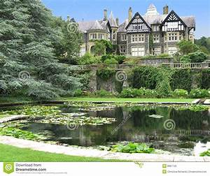 Manor House And Pond At Bodnant Garden Stock Image