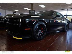 2016 Pitch Black Dodge Challenger SRT Hellcat #108864676 ...
