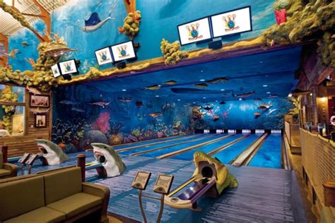 kind ocean themed restaurant  bowling