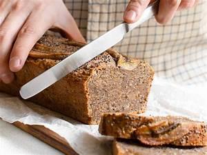 Acai Bowl Rezept Kitchen Stories Einfaches Veganes Bananenbrot Mit Chiasamen Rezept