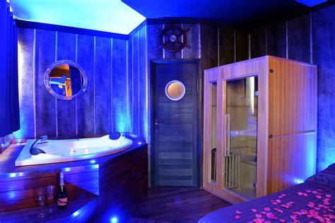 chambre insolite paca suite ambiance yacht avec spa lyon introuvable