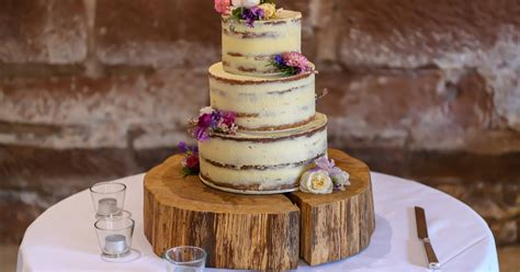 searched wedding cake trends    give