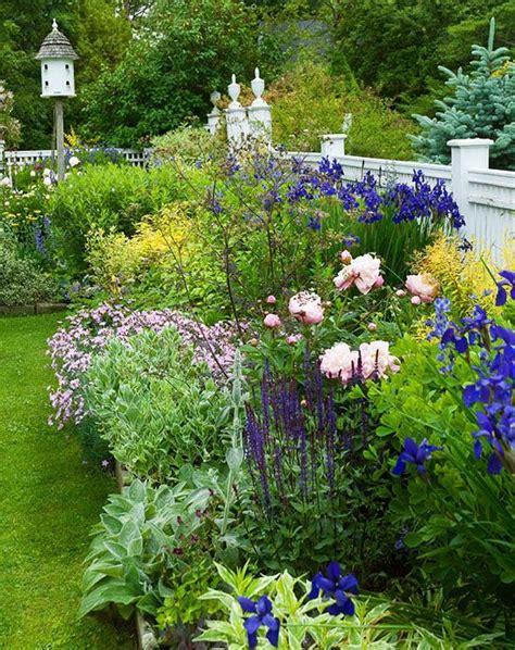 Classic Connecticut Garden by Classic Connecticut Garden Beautiful Gardens Cottage