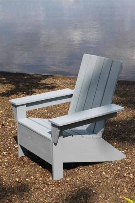 initiales gg diy un fauteuil adirondack en palette
