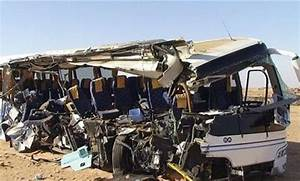 Pics: 10 people killed in horrible bus crash on Alex ...