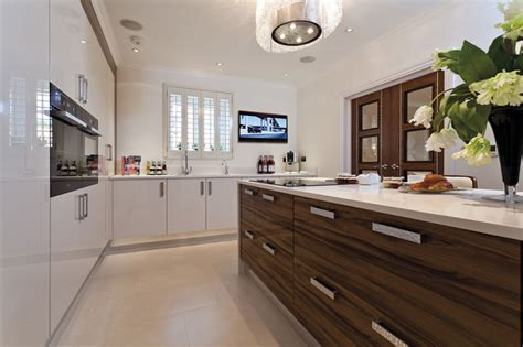 contemporary modern kitchens contemporary kitchen 2537