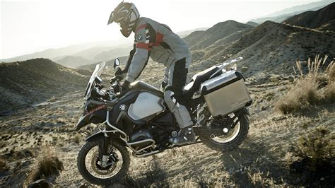 2017 Bmw R 1200 Gs / R 1200 Gs Adventure Review
