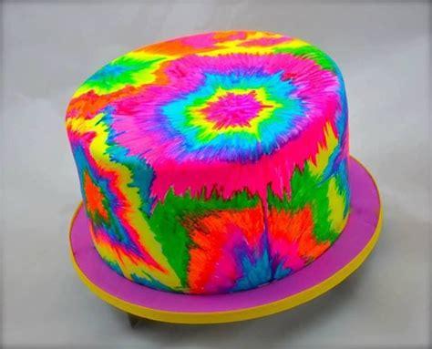 tiedye cake