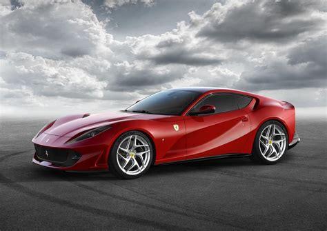 Ferrari 812 Superfast 800 Cv Para El Nuevo Rey De Maranello