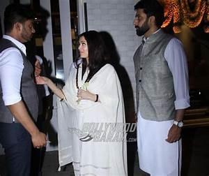 Amitabh Bachchan, Abhishek Bachchan and Aishwarya Rai ...