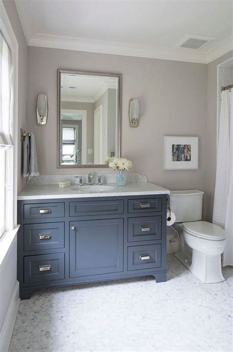 25 best ideas about navy blue bathrooms on