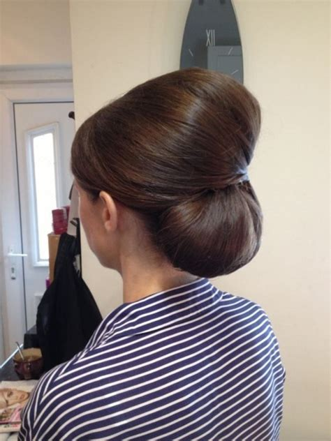 gorgeous bouffant hairstyles ideas youll fall  love