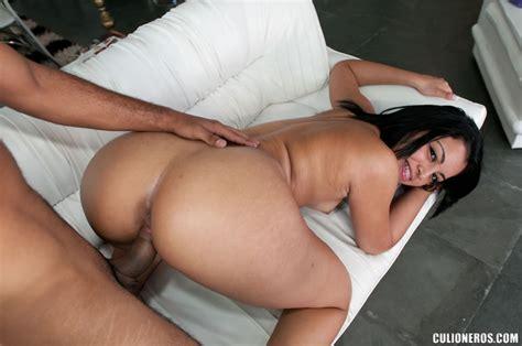 Latinas Sexy Onion Booty Latin Babe In Bla Xxx Dessert Picture