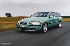 Volvo V70 R Specs  U0026 Photos - 2003  2004