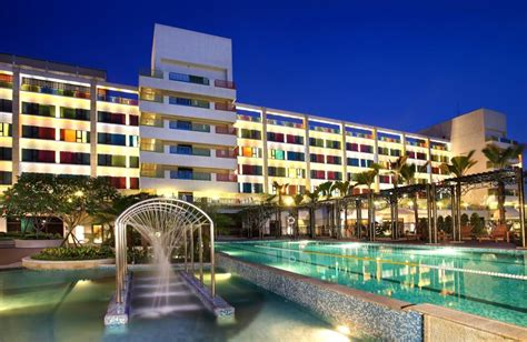 Fullon Hotel Yamay-taichung Tourism. Peppers Craigieburn Hotel. Strandhotel Seerose Hotel. Avra Beach Resort. Da Vinci Nelson Mandela Square – Sandton - Johannesburg. Hotel Shandranj. Wohlfuhlhotel Goiserer Muhle. Dream Hotel. Millbrook Resort