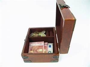 Schmuckkästchen Aus Holz : schmuckschatulle holz 16cm clever deko ~ Watch28wear.com Haus und Dekorationen