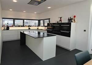 Kuche fliesen boden grau das beste aus wohndesign und for Fu bodenbelag küche