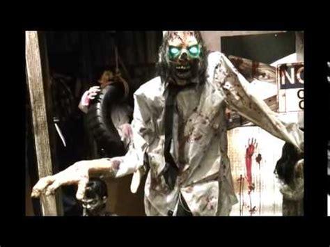 Spirit Halloween Animatronics Youtube by Spirit Halloween Animatronics 2014 Part 1 Youtube